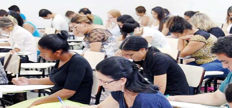 Faculdades disputam calouros no vestibular