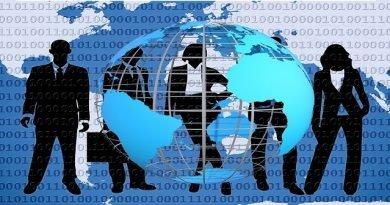 Atualidades: Terceirização e Globalização Vestibular1